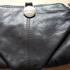 Lille fin pung, aldrig brugt 😊