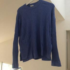 Weekday sweater