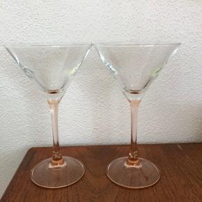 To stk. franske vintage cocktailglas. Sælges samlet for 30kr.