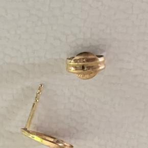 Super flotte 9 karat guld øreringe,Stemplet 375 Chanti.