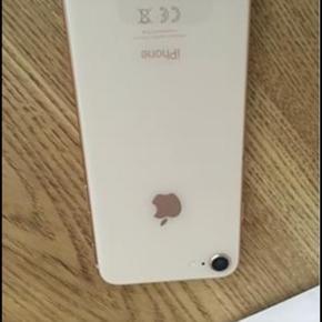 iPhone 8  64G meget fin stand  fejler intet