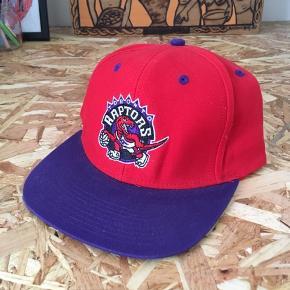 Adidas Vintage Toronto Raptors cap