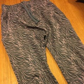 Fede nye bukser