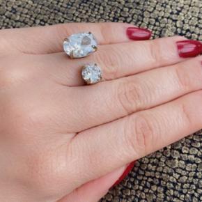 Den smukkeste ring fra dyrberg kern 😍 Er ikke god til at gå med ringe 😊 Str 1