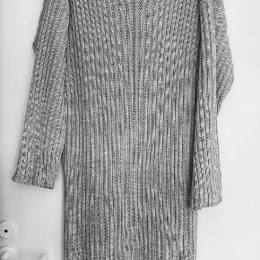 Femme Luxe kjole