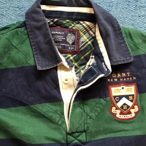 Lækker rugby trøje fra Gant sælges billigt.