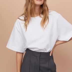 Kraftig Jersey oversized t-shirt, super lækker kvalitet   Ny pris er 299