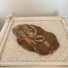 Marmor sten. Brugt til opbevaring af smykker.