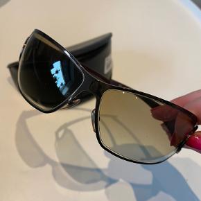 Flotte originale Gucci solbriller købt i Profiloptik.