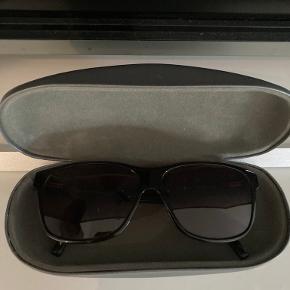 Tommy Hilfiger solbriller