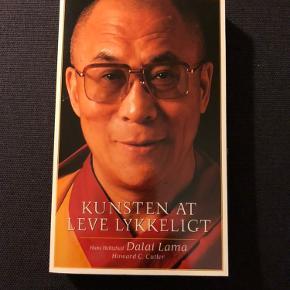 Dalai Lama bog  Kan afhentes i Sønderborg eller Odense S eller sendes på købers regning