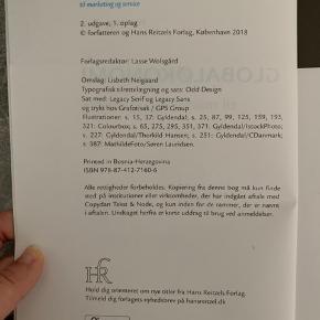 Globaløkonomi til Marketing og Service, skrevet af Hans Jørgen Biede. 2. Udgave, 2018. Kun læst 3 kapitler i, ingen overstregninger eller andet. ISBN: 978-87-412-7160-6  Brugt på uddannelsen til Markedsføringsøkonom men ved den også bliver brugt på andre uddannelser som f.eks. Handelsøkonom og Logistikøkonom  #trendsalesfund