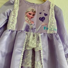 Prinsesse Elsa kjole.70cm