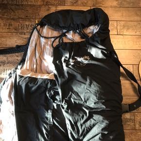 Slee-bee sovepose med bæreplade