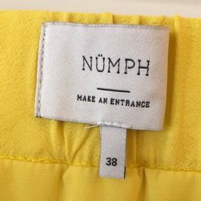 Super fin nederdel - aldrig brugt.