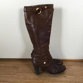 Varetype: Støvler Farve: Brune