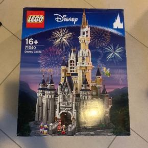 LEGO Disney slottet, samlet en gang. Alle klodser er der.  Købspris 3000kr