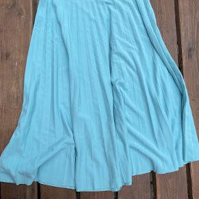Lucia nederdel