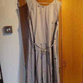 Kowtow kjole