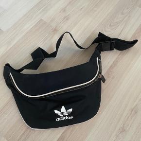 Adidas Originals bæltetaske