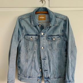 WEEKDAY Single Jacket Spring Blue.  Brugt meget få gange og fejler intet!