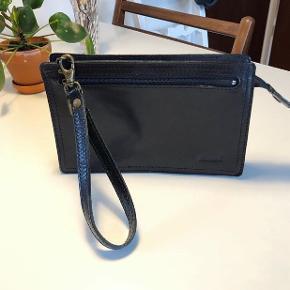 Retro håndtaske fra Vestas.