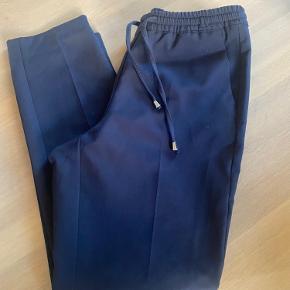 Loose cropped pants fra Gustav - som nye kun brugt 2 gange