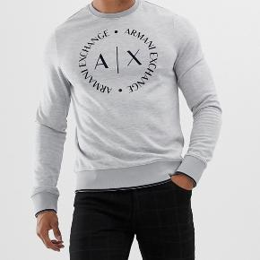 FEJLKØB - BYD Sælger denne helt nye Armani Exchange sweatshirt til en værdi af 900kr (købt i Køge 17/4)