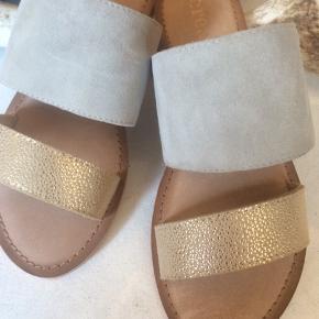 Nye skind sandaler
