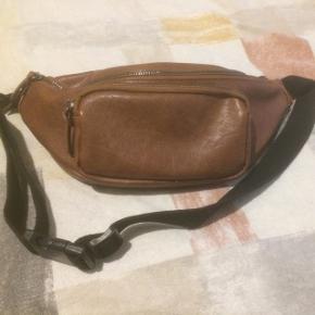 brun, lille, læder taske frisk og til salg