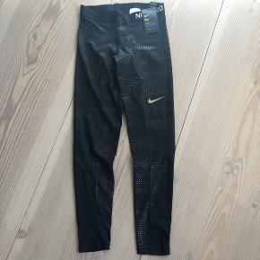 Nike Pro tights str. M.