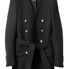 Balmain X H&M frakke