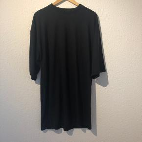 Oversized t-shirt kjole