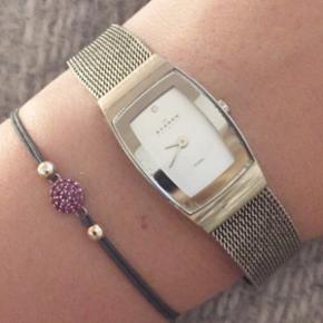 Super fint lille Skagen ur. Skal have nyt batteri. Kan justeres i størrelsen.