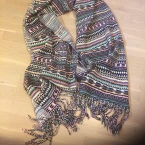 Langt halstørklæde