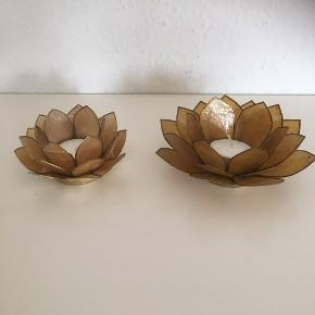 Lotus Fyrfadsstager   Lysestage  blomst  Fin stand   Sender gerne   Se flere annoncer    Samlet
