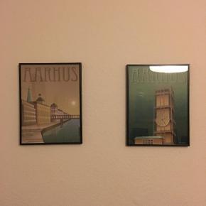 Indrammede Visse Vasse plakater. 30x40 cm. Sælges for 150 kr. stykket ved køb af en enkelt og 250 kr. for begge to. Ny pris: 245 pr. styk + ramme. Perfekt stand