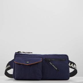 Super fin taske, kan have utrolig mange ting i sig, fin og vedligeholdt, spørg for billeder mm. ☺️ Np var 400 Mp (byd)