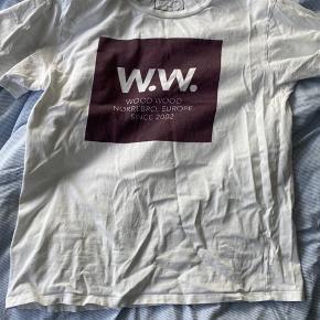 Fed Wood Wood t-shirt. Sælger da jeg ikke får den brugt