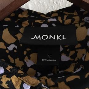 Fed skjortebluse fra monki str. S (oversize) 🌺