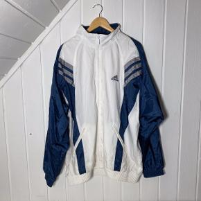 Vintage hvid Adidas jakke🙏🏼