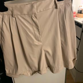 Imperial shorts