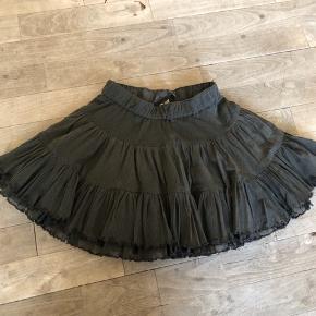 Super fin nederdel i str 5-6 år.    #30dayssellout