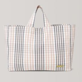 Ganni checked cotton embroidered bag. Size : H32 cm, W43, D13. Fits standard laptop.  Listing price is the mp. Fast price, available through buy it now.