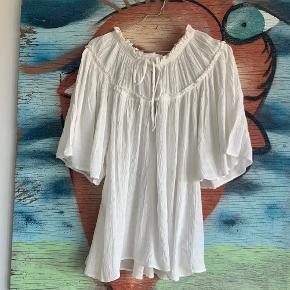 Tunika/skjorte 🐚🕊 Er perfekt som den er, eller under en strik/strikvest