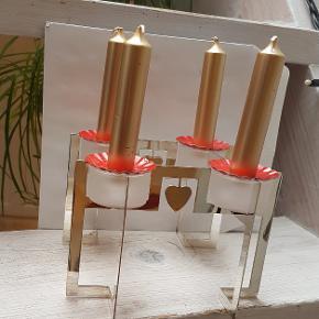 Smuk advendsstage i sølv sælges med lys og lyskrans