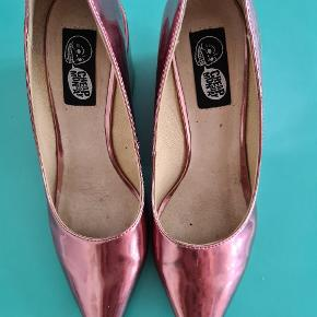Cheap Monday heels
