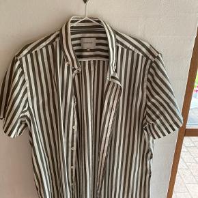 Gnious skjorte