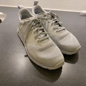 Nike air max tavas. Str 42,5.