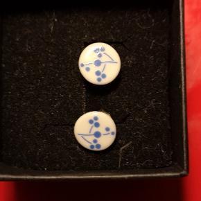 Fine keramik ørestikker Forsendelse 37 kr med DAO